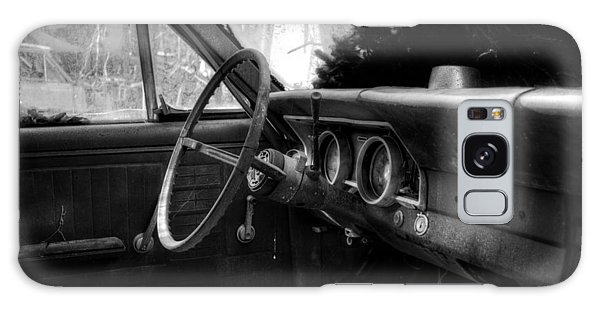 Interior Of The Past In Black And White Galaxy Case