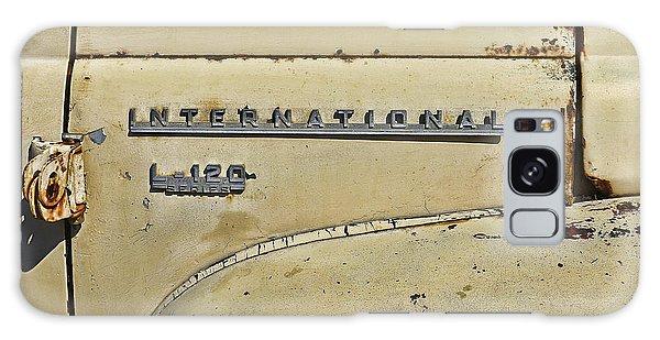 International L-120 Series Galaxy Case