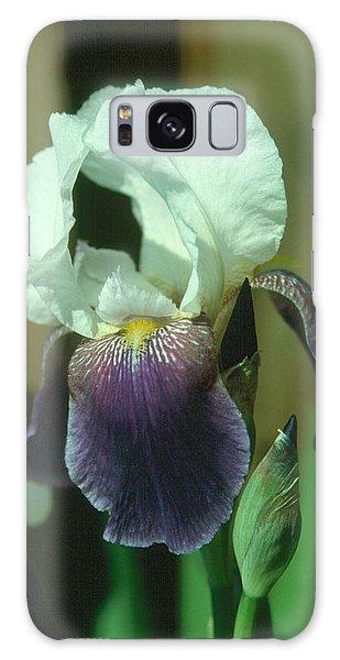 Iris 3 Galaxy Case