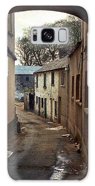 Galaxy Case featuring the photograph Irish Alley 1975 by Matthew Chapman