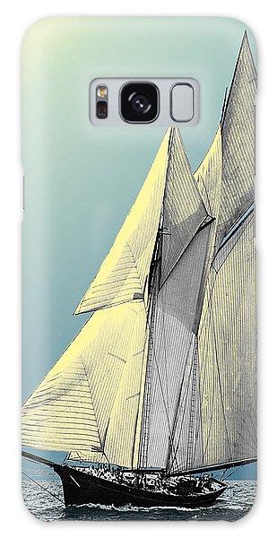Iroquois - Schooner Yacht Galaxy Case
