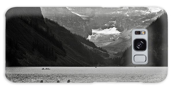 Kayak On Lake Louise Galaxy Case by RicardMN Photography