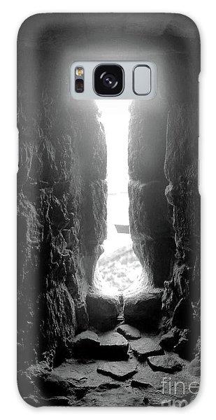 Keyhole Window Galaxy Case