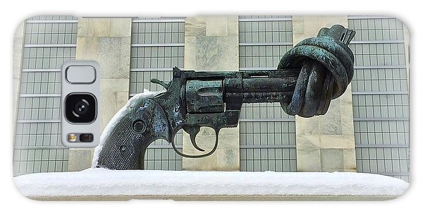 Knotted Gun Sculpture At The United Nations Galaxy Case