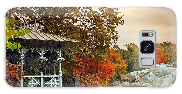 Ladies Pavilion In Autumn Galaxy Case