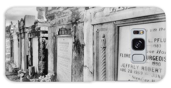 Lafayette Cemetery Black And White Galaxy Case