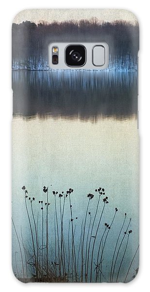 Lakeside Winter Flowers Galaxy Case