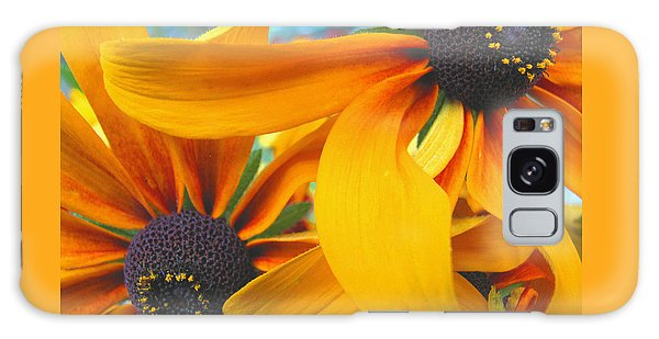 Last Holdouts Of The Season - Black Eyed Susans - Floral Photography Galaxy Case