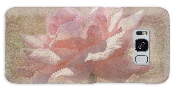 Light Pink Grunge Rose Galaxy Case
