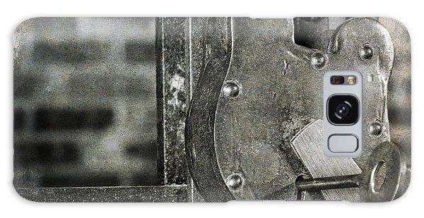 Lock And Key Galaxy Case