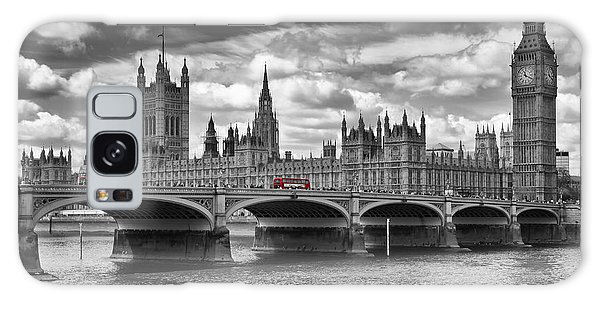 London - Houses Of Parliament And Red Buses Galaxy Case