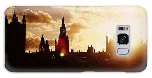 London Galaxy Case - #london #westminster #parliamenthouse by Ozan Goren