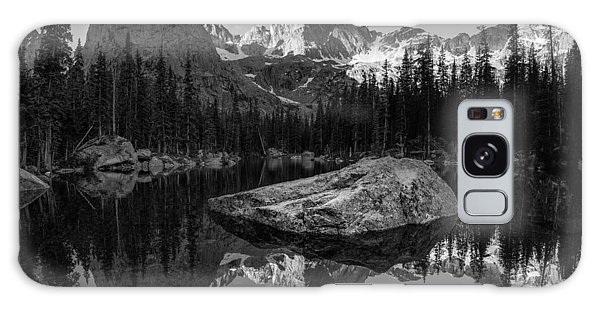 Indian Peaks Wilderness Galaxy Case - Lone Eagle Peak Black And White by Aaron Spong