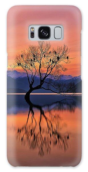 Lake Galaxy Case - Lone Tree Is Not Lonely by Mei Xu