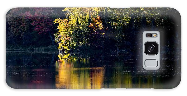 Long Pond Autumn Reflections Galaxy Case by Alan L Graham