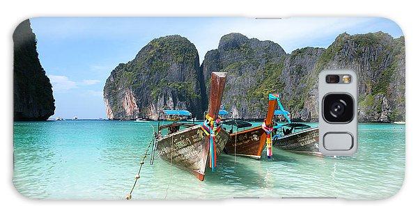 Phi Phi Island Galaxy Case - Long Tail Boats On Maya Bay Beach - Ko Phi Phi - Thailand by Matteo Colombo