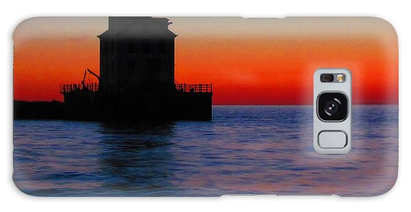Lorain Lighthouse At Sundown Galaxy Case