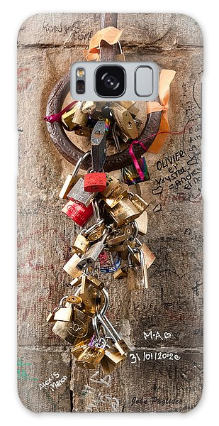 Lover's Locks On The Ponte Vecchio In Florence Galaxy Case by John Pagliuca
