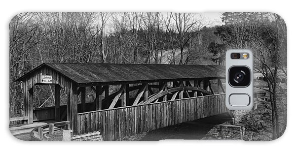Luther's Mill Covered Bridge Black And White Galaxy Case