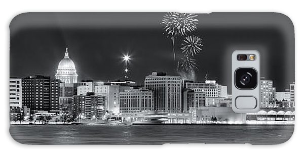 Madison - Wisconsin -  New Years Eve Panorama Black And White Galaxy Case