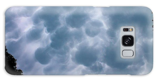 Mammatus Clouds Galaxy Case