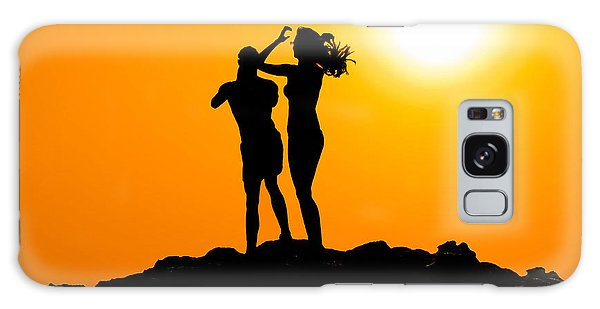 Man And Woman Silhouette At Sunset Galaxy Case