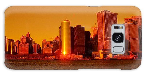 Manhattan Skyline At Sunset Galaxy Case