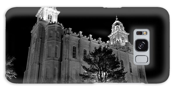 Manti Temple Black And White Galaxy Case