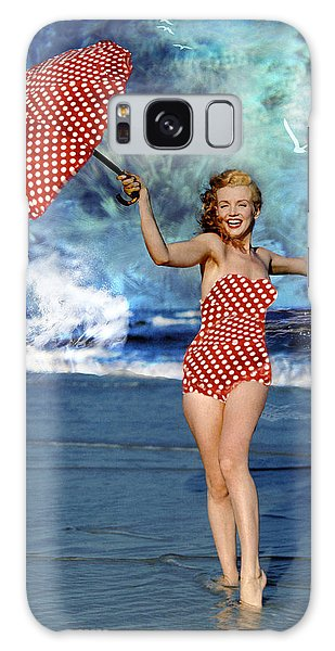 Marilyn Monroe - On The Beach Galaxy Case