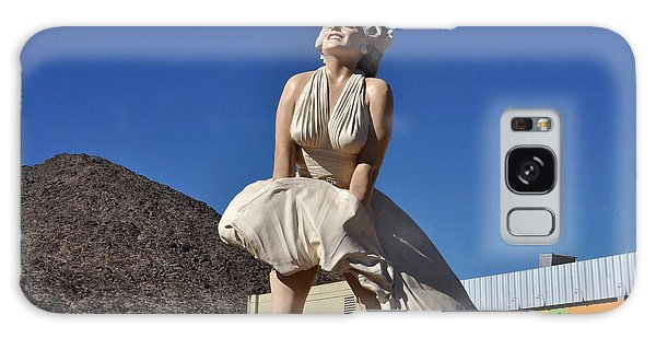 Marilyn Monroe Statue In Palm Springs California Galaxy Case
