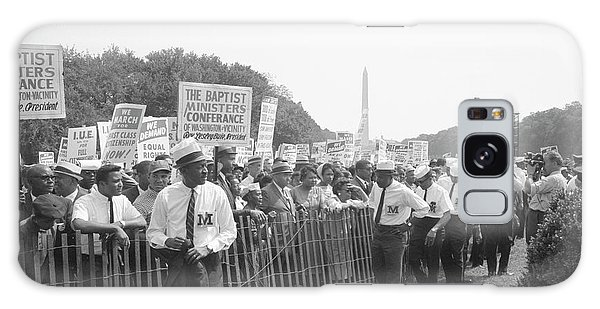 March On Washington Galaxy Case - Marshals Standing By Fence Near Crowd by Stocktrek Images