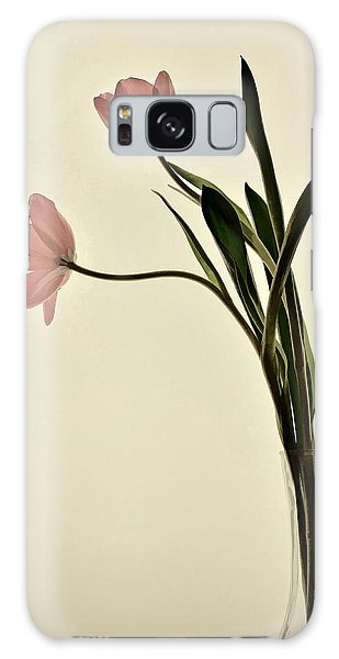 Mauve Tulips In Glass Vase Galaxy Case
