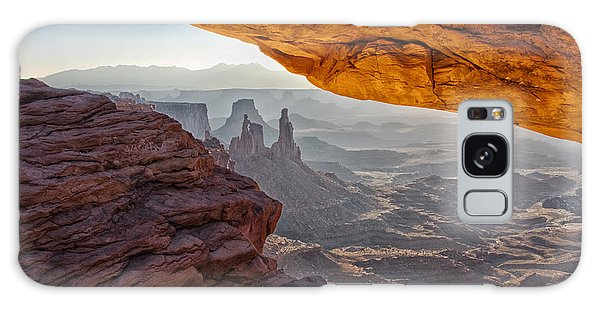 Islands In The Sky Galaxy Case - Mesa Arch by Mark Kiver