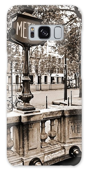 Metro Franklin Roosevelt - Paris - Vintage Sign And Streets Galaxy Case