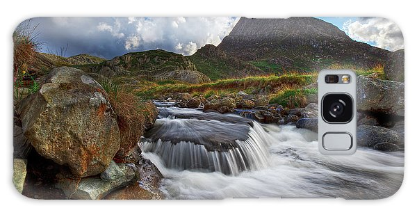 Mighty Tryfan  Galaxy Case by Beverly Cash