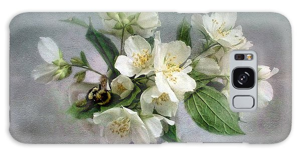 Sweet Mock Orange Blossom Bouquet With Bumble Bee  Galaxy Case