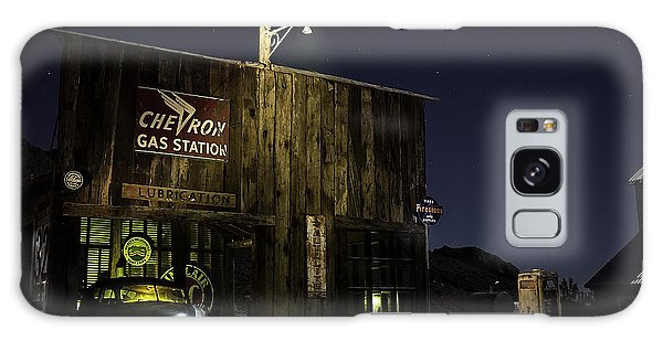 Galaxy Case featuring the photograph Mojave Nights At The Chevron Gas Station by James Sage