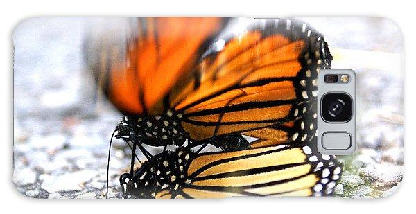 Monarchs In Love Galaxy Case