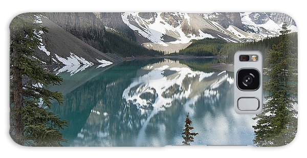 Moraine Lake Overlook Galaxy Case