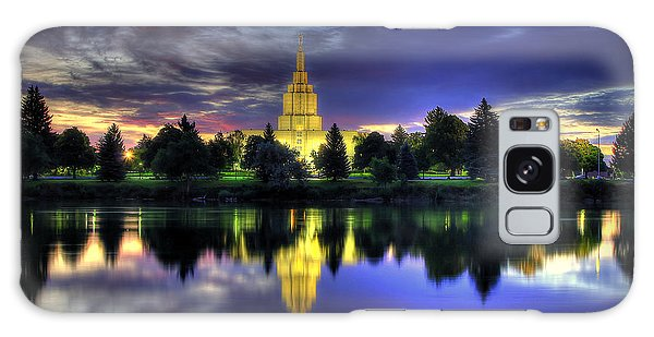 Morning Reflections Of Idaho Falls Temple  Galaxy Case