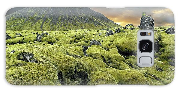 Moss-covered Lava Field Galaxy Case