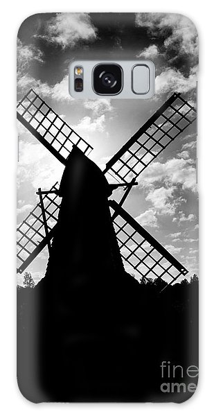 Moulin Noir- Monochrome Galaxy Case