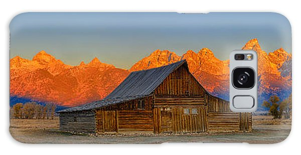 Moulton Barn Alpenglow Panorama Galaxy Case