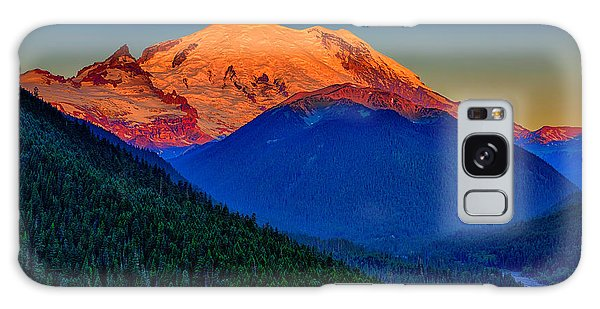 Mount Rainier Alpenglow Galaxy Case