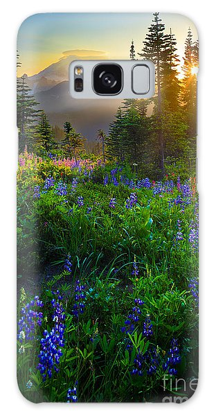 Blossoms Galaxy Case - Mount Rainier Sunburst by Inge Johnsson