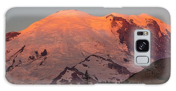 Mount Rainier Sunrise Galaxy Case