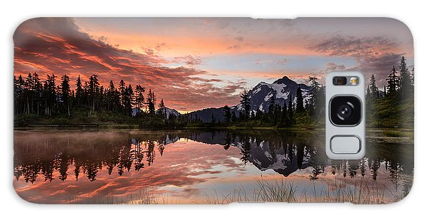 Mount Shuksan Fiery Sunrise Galaxy Case