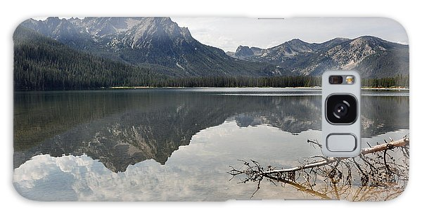 Mt. Mcgowan Reflected In Stanley Lake Galaxy Case