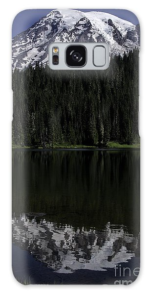 Mt Rainier Reflected In Reflection Lake Galaxy Case
