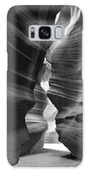 Antelope Canyon Black And White Galaxy Case